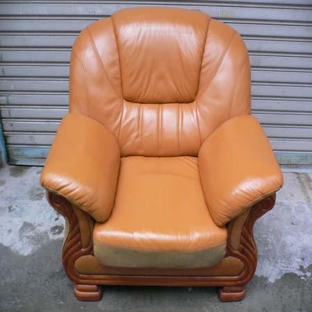 沙发翻新真的很省钱 翻新后效果跟新一样